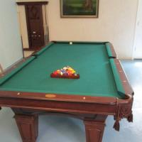 8' Spencer Marsten Pool Table
